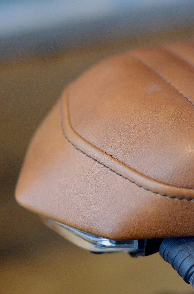 BMW Leather Seat - Tail Detail
